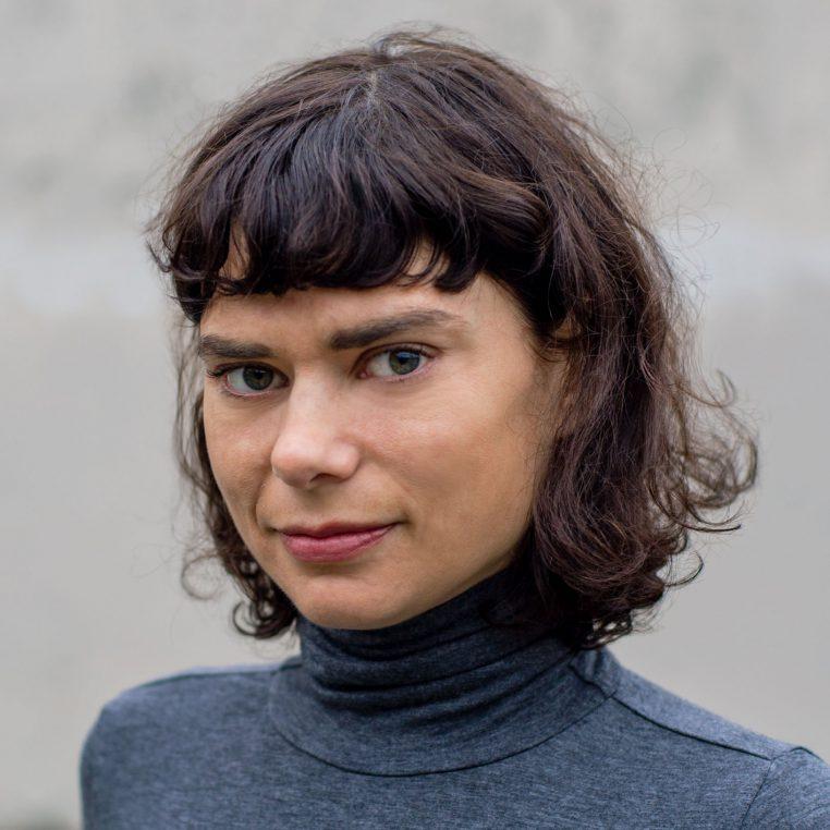 photo portrait of Sue Walsh