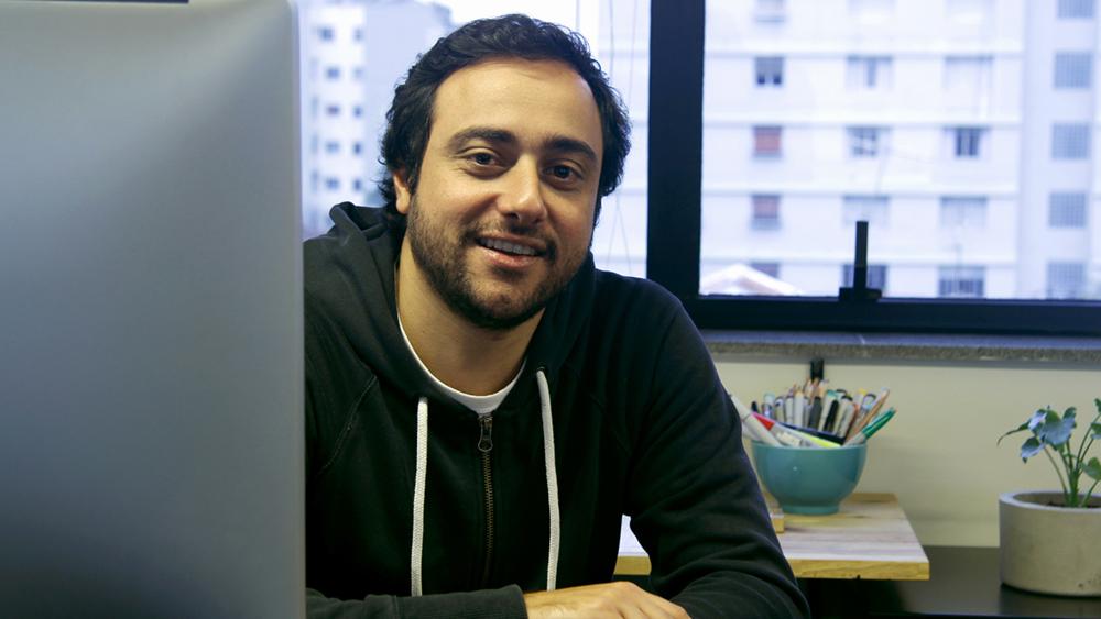 portrait of Gustavo Garcia in his studio